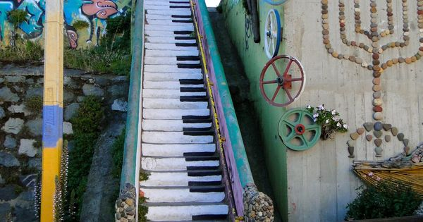 street art...Love the piano keys for steps...would do this in my own