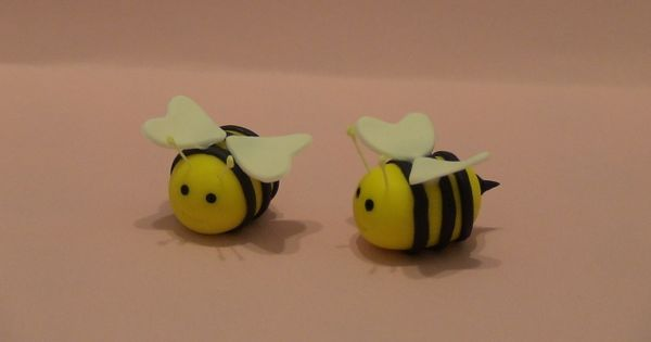 how to make bumble bees out of fondant