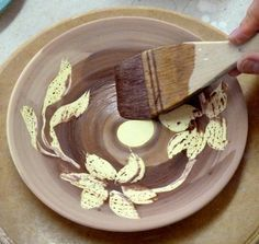 Fabulous Illustrated Ideas For Decorating Raw Clay Leather Hard Clay Bone Dry Clay Bisque Fired And Fired Inclu Pottery Classes Clay Ceramics Clay Pottery
