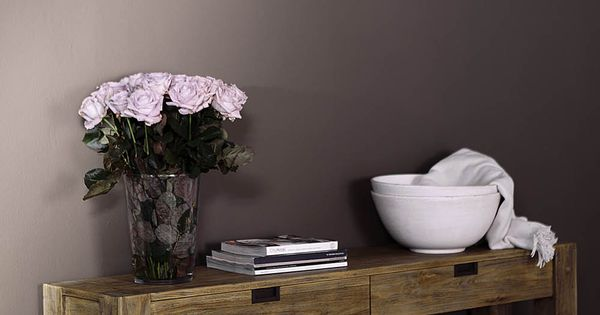 New traditionals krijtverf kleur silt op de wand in woonkamer verkrijgbaar bij deco home bos in - Deco woonkamer met trap ...