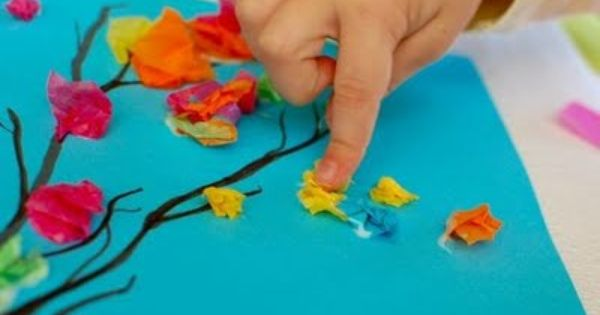 Spring craft ideas- Flower straws, tissue paper trees, paper garden