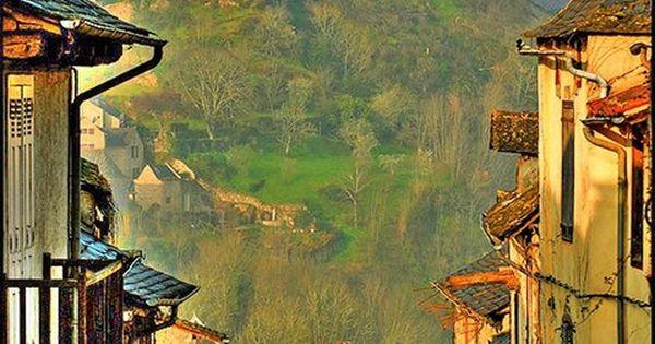 Najac, se trouve dans le département de l'Aveyron du sud de la