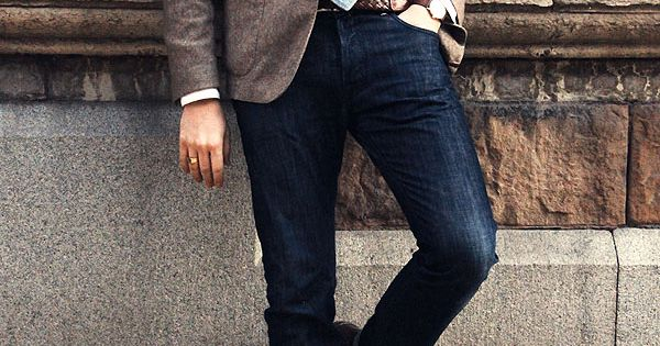 Jacket + tie + jeans