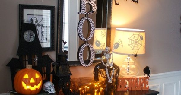 Thrifty Decor Chick: Halloween display
