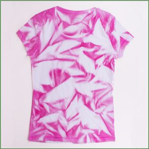 Fabulous T-Shirt batiken mit Textilspray | pimpen... | Shirts, Batik shirt ZN44
