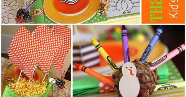 lots of things in this free printable for the kids thanksgiving table