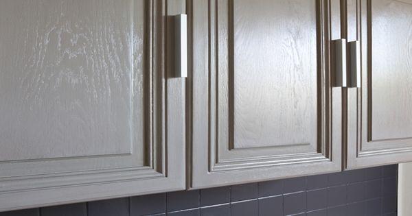 la peinture pour meuble de cuisine qui ne cache pas le bois peinture pour meuble la peinture. Black Bedroom Furniture Sets. Home Design Ideas
