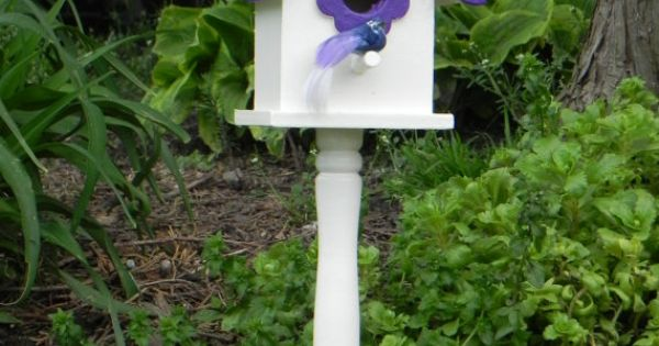 Pedestal Bird Feeders: Purple Birdhouse Pedestal
