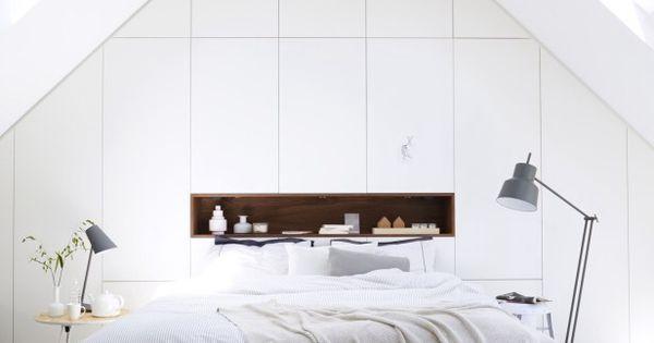 Slapen op zolder achterwand met opbergruimte zolder pinterest bed room vaulted ceilings - Loft bed met opbergruimte ...