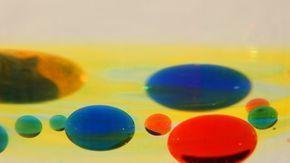 Bolas Flutuantes Coloridas Experiencia De Fisica Experiencias