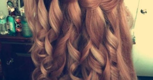 Great wedding hairstyle: Waterfall braid and curls : my ideal hair style
