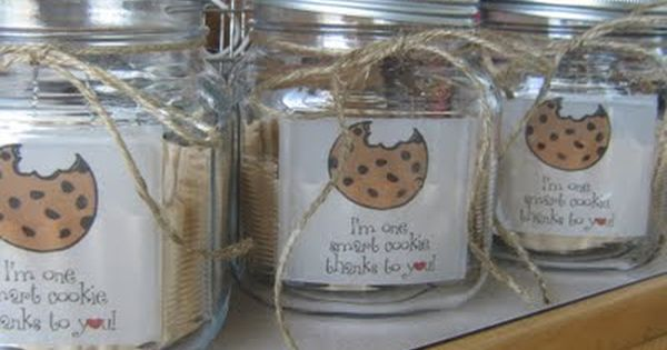 One smart cookie jar with free printable..teacher gift idea