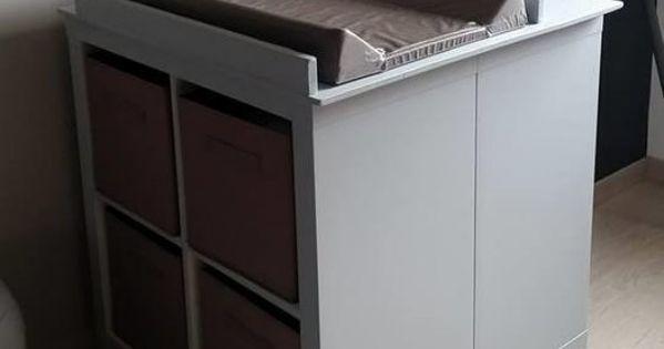 Un meuble langer avec du rangement b b tables et for Meuble 0 langer