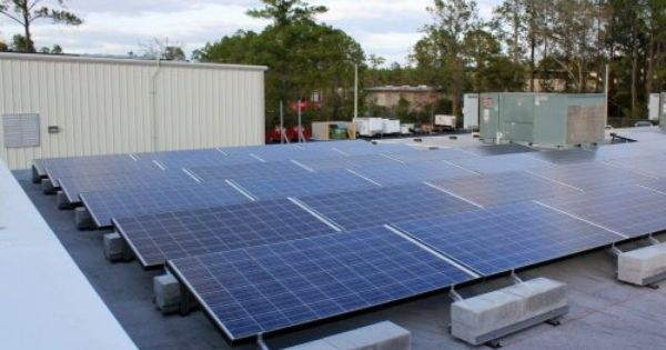 Neat Flat Roof Commercial Solar Install Civicsolar Produces 73 75 Kw Of Clean Power Avoids 80 Tons Co2 Year Energia Solar Energia