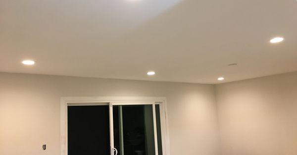 Living Room Installed 6x 6 Inch 2700k Led Recessed Lights
