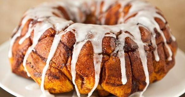 Cream Cheese-Cinnamon Roll Monkey Bread | Elegant Foods and Desserts