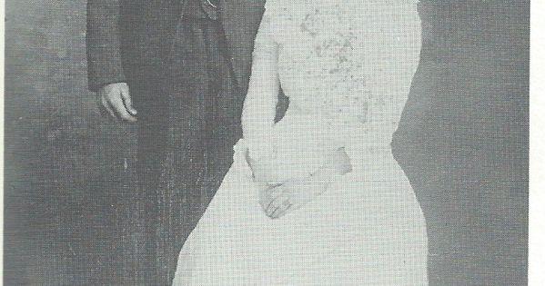 Grace ingalls nat dow wedding photo little house on for Laura ingalls wilder wedding dress