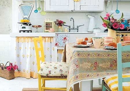 shabby chic country cottage kitchen