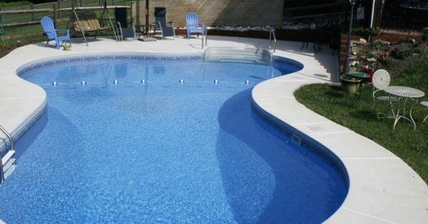 Brushed Concrete Pool Deck