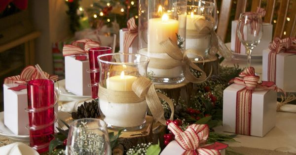 Christmas Tablescape | BeechTree Photography; why not little gifts at each place