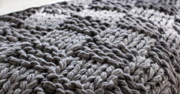 Arm Knitting Meme : Chunky arm knit blanket pattern stickning stickat och