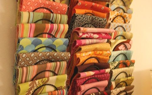 A whole page of fabric organizing ideas | Spool and Spoon: Craft
