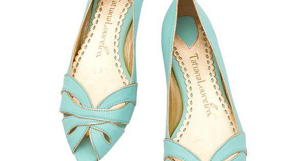 Sapatilha tranA�ada - Tatiana Loureiro a?� liked on Polyvore | See more about Ems, Flat Shoes and Spring.