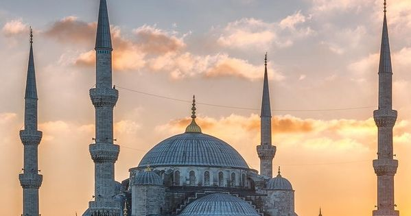 Visit six top Istanbul attractions in one day on a full-day sightseeing