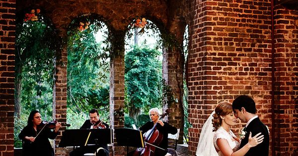 Stunner reception at The Ruins of Barnsley Gardens Resort in ATL. Event