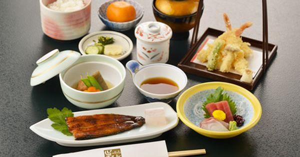 静岡県三島市にある 割烹 呉竹 お祝い 法事 接待 宴会 お品書き 割烹 グルメ お品書き