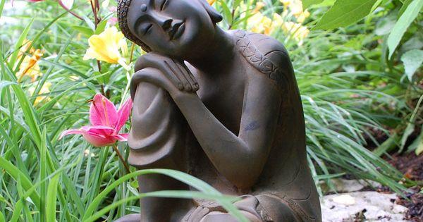 Zen Garden - Peaceful Simple Life