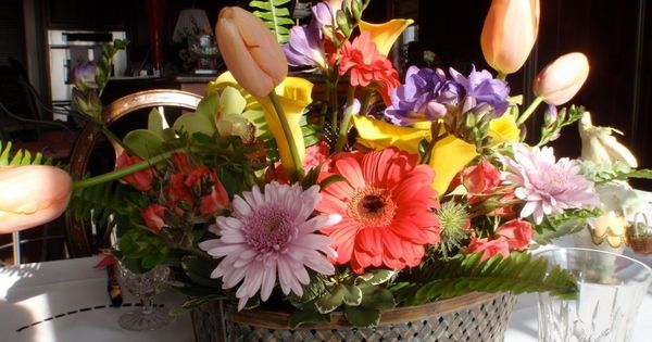 Basket -or- Table Centerpiece | Fine Flowers By Lonnie | Pinterest ...