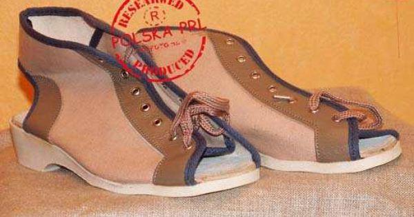 Buty Zdrowotne Obowiazkowe W Szkole Pielegniarskiej To Byl Koszmar Retro Shoes Retro Childhood