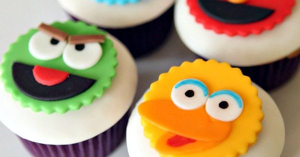 Sesame Street Fondant Cupcake Toppers-Edible Cupcake Toppers, kids birthday cupcakes, boys birthday