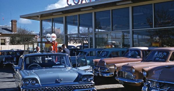 Pin By Dhh Usa On Vintage Car Dealerships Car Dealership Vintage Cars Car Yard