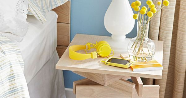 diy stack wood table bricolage pinterest tables. Black Bedroom Furniture Sets. Home Design Ideas
