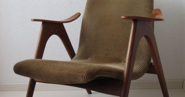 Top 3 woonspullen op zondag deze jaren 50 fauteuil is ontworpen door louis van teeffelen - Meubilair loungeeetkamer ...