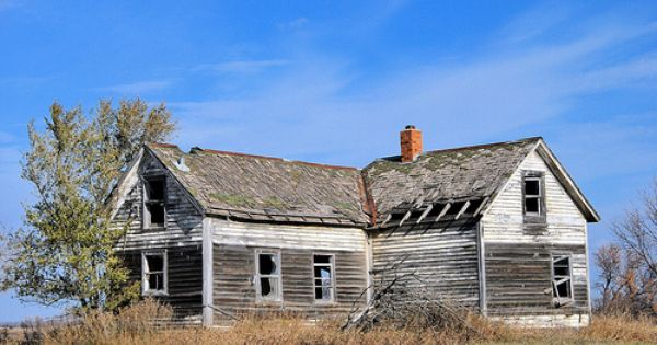 A Bit Of Lonely House Styles Ghost Towns Abandoned