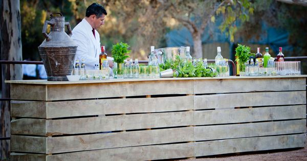 Barra rustica rustic bar weddings in the country spain for Barra rustica bar