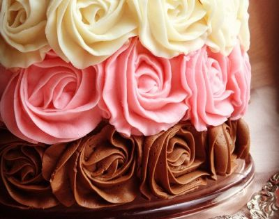 "Neopolitan rose cake (video tutorial). ""I've been obsessed with Neapolitan lately. And"
