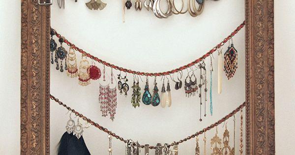 Framed jewelry hanger