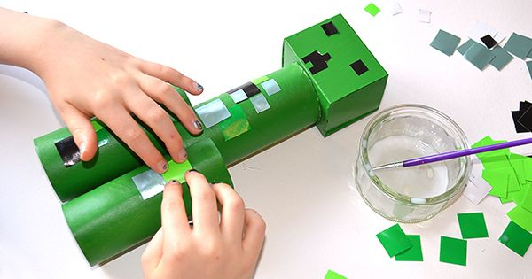 Toilet roll minecraft creeper fun craft for kids on for Minecraft crafts for kids