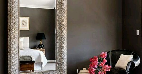 Quick tips for decorating on a budget using mirrors Decorate a large wall cheaply