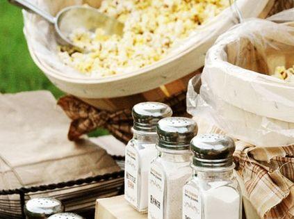 Popcorn Bar - besides flavored powders for sprinkling ...