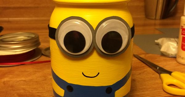 Minion jar pencil holder i made it pinterest pencil - Idee de genie bricolage ...