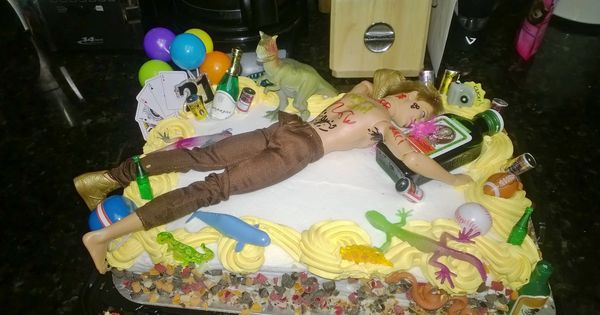 Creative Cake Ideas For Boyfriend : 21st birthday cake for boyfriend done right Life ...