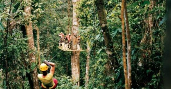 Titi Canopy, Costa Rica | Zip lining in the gorgeous landscape of