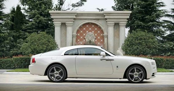 Rolls royce wraith in arctic white car pinterest for Rolls royce motor cars tampa bay