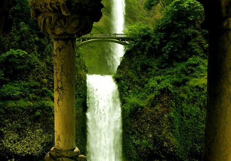 Silver Falls State Park, Oregon. Love the view of this Waterfall.