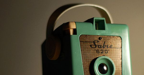 Vintage Camera from modcloth wedding